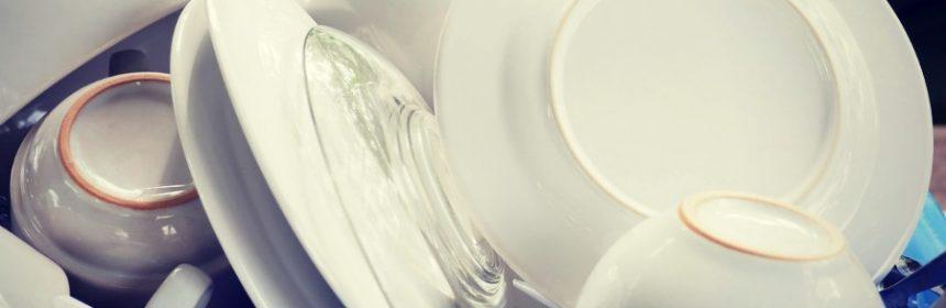 Was ist tiefer Teller oder Tasse