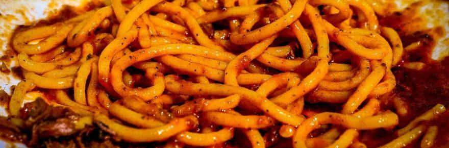 Was bekommt man, wenn man Spaghetti um einen Wecker wickelt?